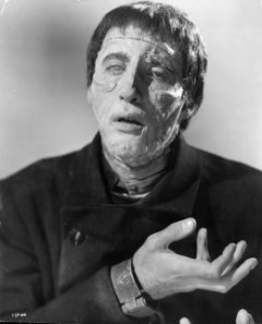 Christopher Lee in the title role in a scene from the film 'The Curse Of Frankenstein', 1957. (Photo by Warner Brothers/Getty Images)